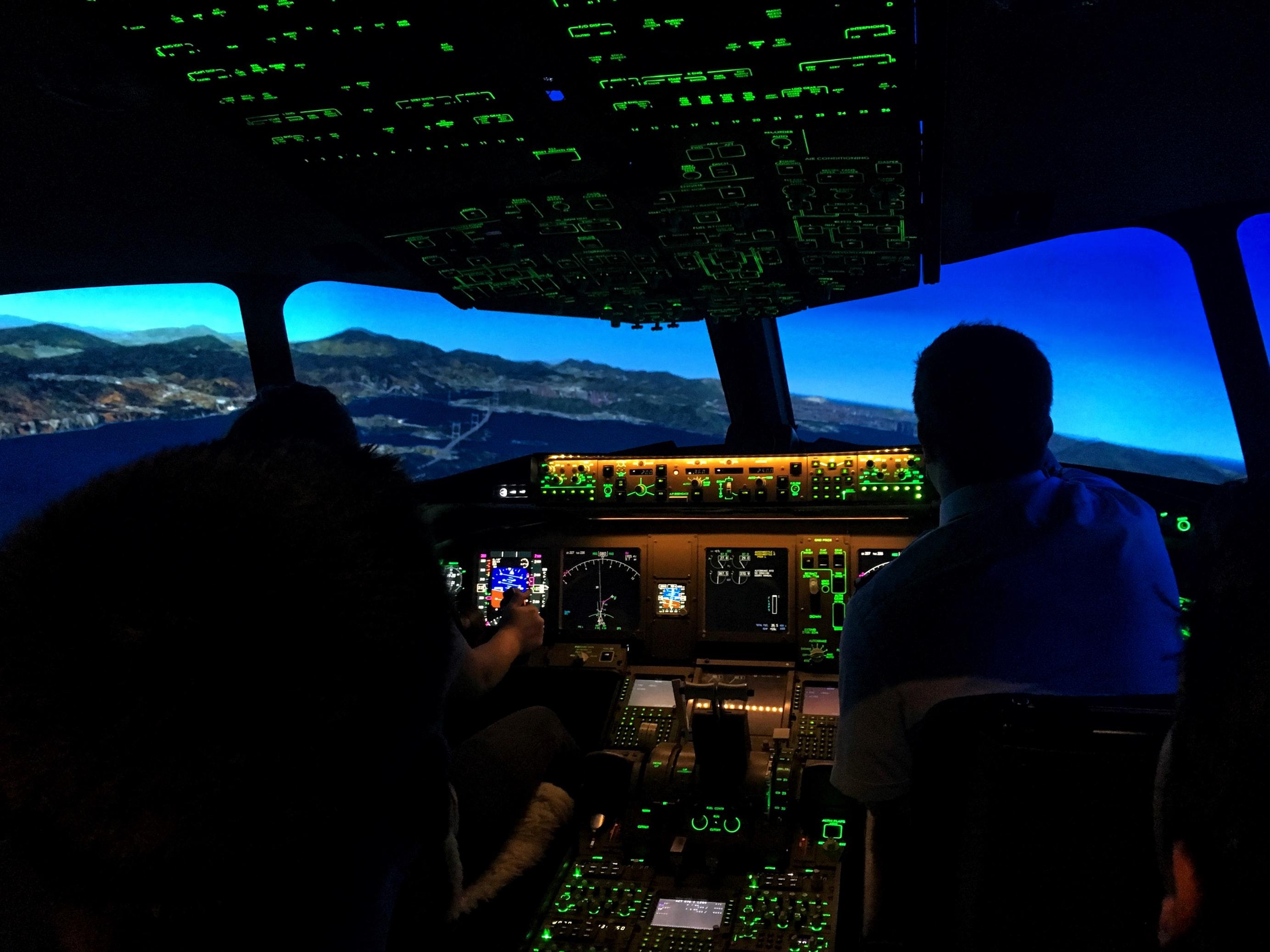 pilot-cockpit