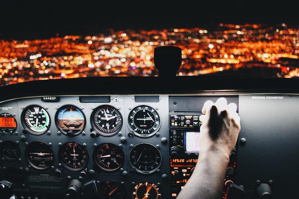 pilot-night-view-1